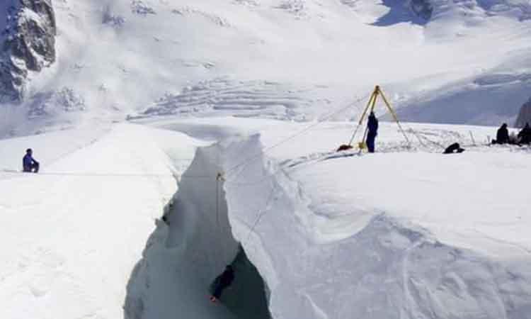 Εντοπίστηκε στις Άλπεις η σορός ενός ορειβάτη που είχε χαθεί πριν από 32 χρόνια!