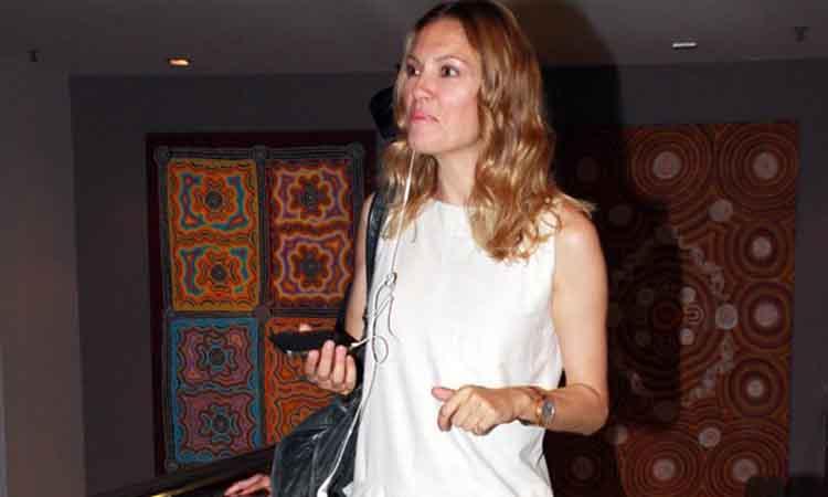 Η Βίκυ Καγιά στην εβδομάδα μόδας του Παρισιού