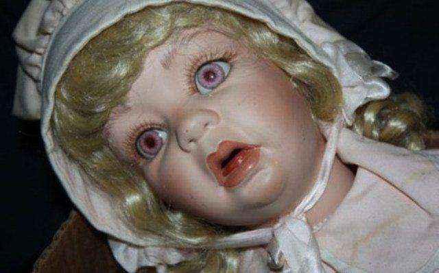 Θρίλερ με πορσελάνινες κούκλες στην Καλιφόρνια