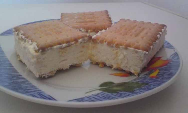 Συνταγή για σπιτικό παγωτό σάντουιτς στο πι και φι!