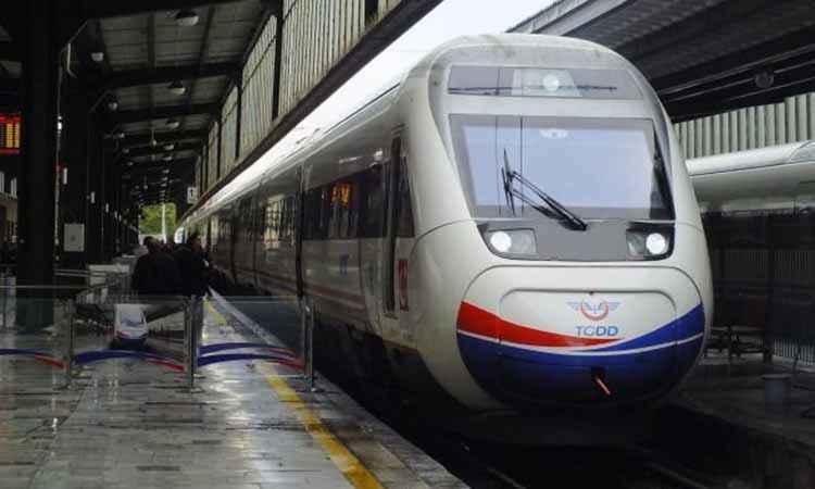 Σύγκρουση τρένων στην Τουρκία