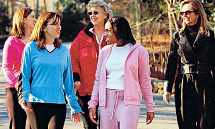 Το περπάτημα, η καλύτερη άσκηση για τους έντονους και στρεσογόνους ρυθμούς που ζούμε