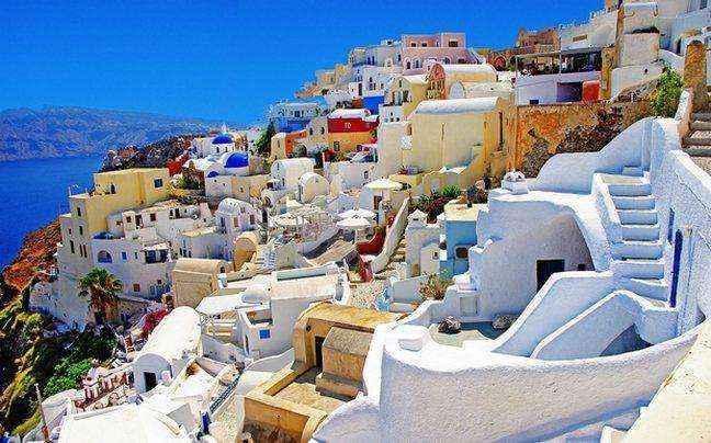 «Η Ελλάδα στην πρώτη θέση και στις κρατήσεις της τελευταίας στιγμής»