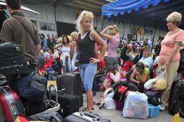«Ντόμινο» οι πτωχεύσεις ρωσικών τουριστικών πρακτορείων