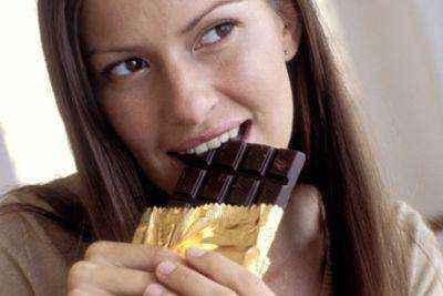 Γιατί να επιλέξετε άσπρη η μαύρη σοκολάτα