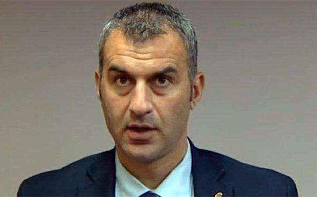 Δεν βιάζεται η ΑΕΚ για αμυντικό χαφ