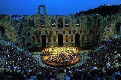 Δύο συναυλίες με ανέκδοτα τραγούδια του Μάνου Χατζιδάκι