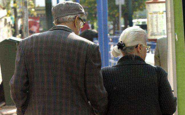 Εξαρθρώθηκε η σπείρα που εξαπατούσε ηλικιωμένους