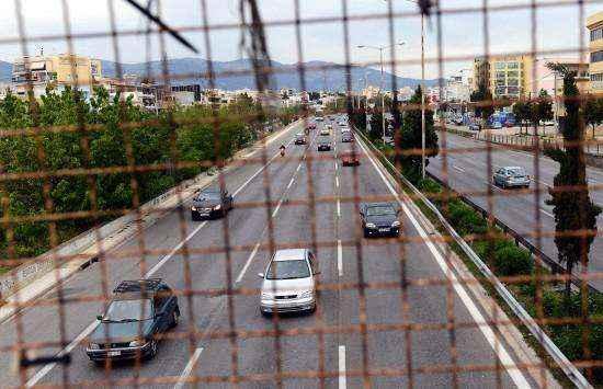 Επιστρέφονται οι πινακίδες και οι άδειες οδήγησης εν όψει Δεκαπενταύγουστου