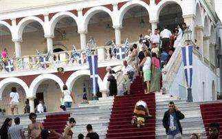 Πανηγυρικός ο εορτασμός της Μεγαλόχαρης και φέτος στην Τήνο