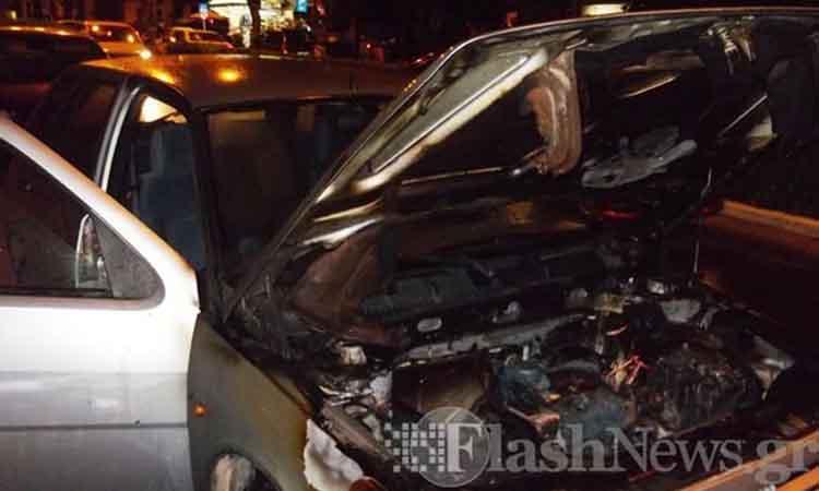 Πυρκαγιά σε αυτοκίνητο με δύο επιβάτες στην πόλη των Χανίων