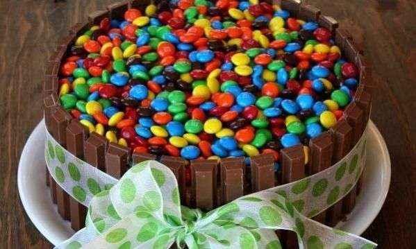 Πώς θα φτιάξετε μια τούρτα γενεθλίων για το παιδί σας, σαν επαγγελματίας!