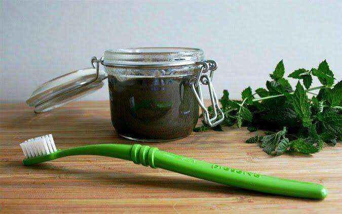 Πώς να φτιάξετε τη δική σας οδοντόκρεμα