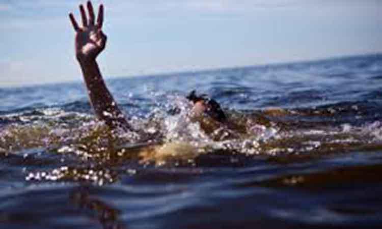 Τι πρέπει να κάνετε αν πάθετε κράμπα κολυμπώντας;