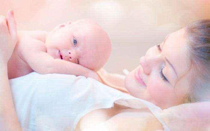 Το καλύτερο «δώρο» της μητέρας στο νεογέννητο