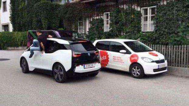 Το BMWi3 παρκάρει μόνο του...