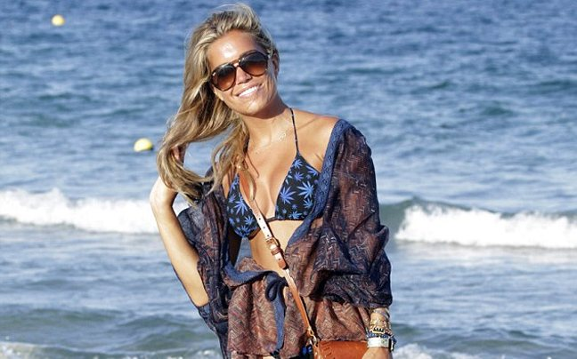 Το... ατελείωτο καλοκαίρι της Sylvie van der Vaart
