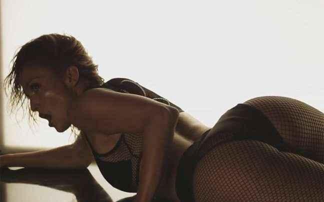 Η Τζένιφερ Λόπεζ κολάζει (ξανά) στο νέο της βιντεοκλίπ