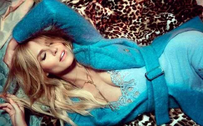 Η Heidi Klum ποζάρει για τη Vogue