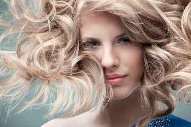 Οι υπερτροφές για λαμπερά μαλλιά
