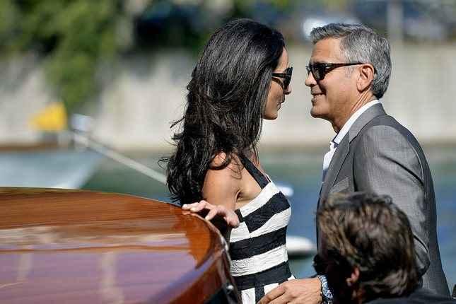 Παντρεύτηκαν Clooney και Alamuddin