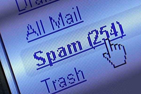 Στα μέσα κοινωνικής δικτύωσης «μετακομίζουν» τα spam