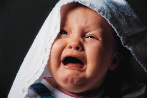 6 πράγματα που το μωρό σας θα ήθελε να ξέρετε όταν κλαίει