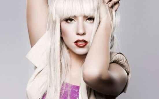 «Έμεινε» στο Μάντσεστερ η Lady Gaga