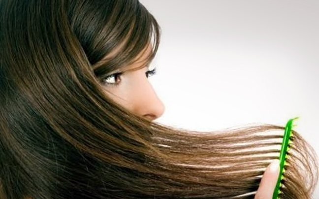 Για να μη λαδώνουν τα μαλλιά