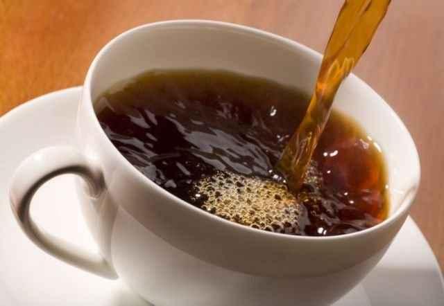 Εξαφανίστε τα μαύρα στίγματα με γαλλικό καφέ
