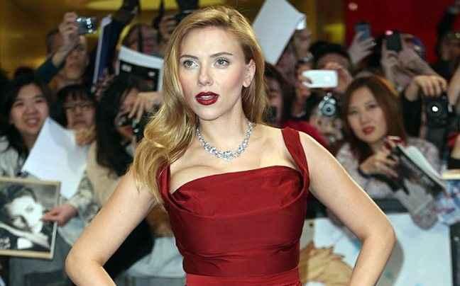 Η Scarlett Johansson στη μικρή οθόνη