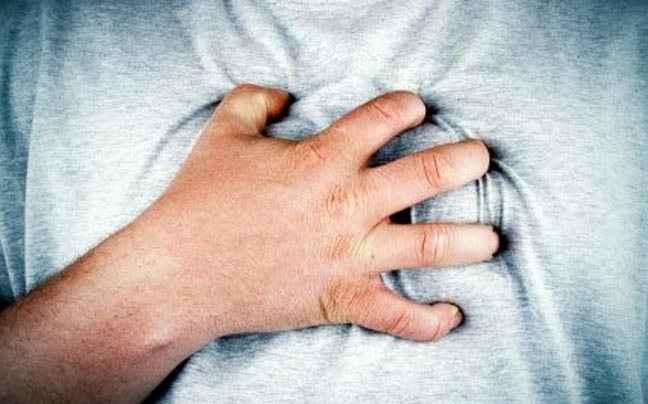 Παχυσαρκία κι αλκοόλ «δείχνουν» καρδιακή προσβολή