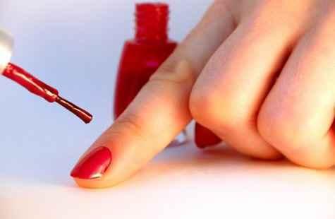 Πώς θα διατηρήσετε το βερνίκι των νυχιών