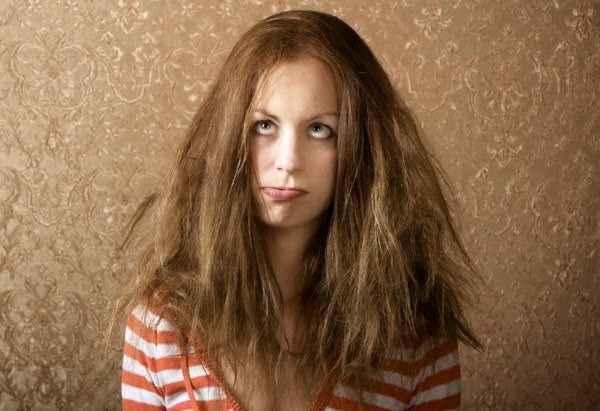 Πώς να ξεμπερδέψετε εύκολα και γρήγορα τα μαλλιά σας