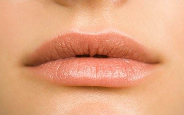 Ροδοπέταλα για μεταξένια χείλη!