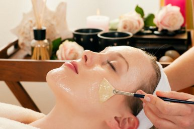 Συσφικτική μάσκα προσώπου με ελαιόλαδο και μέλι