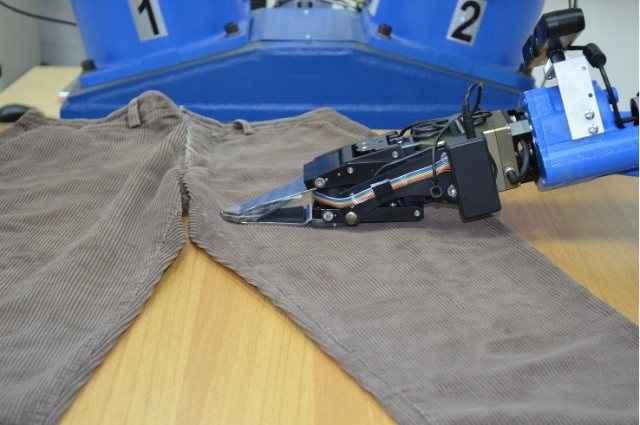 Το ρομπότ για το τέλειο σιδέρωμα των ρούχων