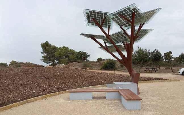 Το e-δέντρο που μοιράζει... Wi-Fi