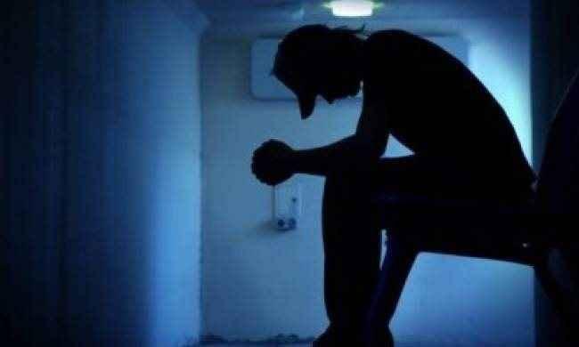 Αλήθειες και μύθοι για τις αυτοκτονίες