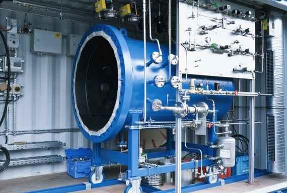 Γερμανία, το μηχάνημα που μετατρέπει το νερό σε συνθετική βενζίνη