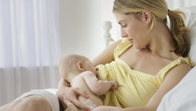 Δημιουργούνται ειδικοί σταθμοί για το μητρικό θηλασμό
