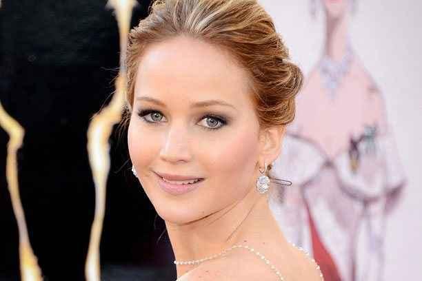 Η Jennifer Lawrence περιγράφει τον ιδανικό άντρα