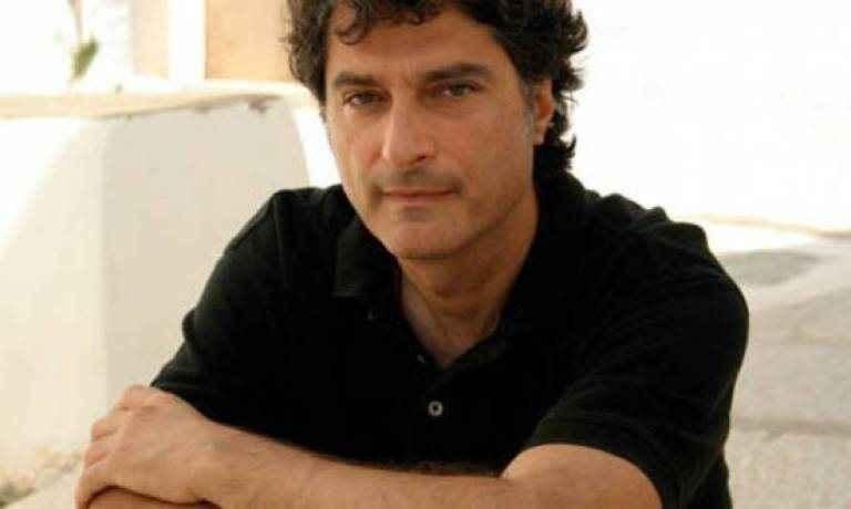 Ο Γιώργος Κουμεντάκης στο «τιμόνι» της δεύτερης σκηνής της Λυρικής