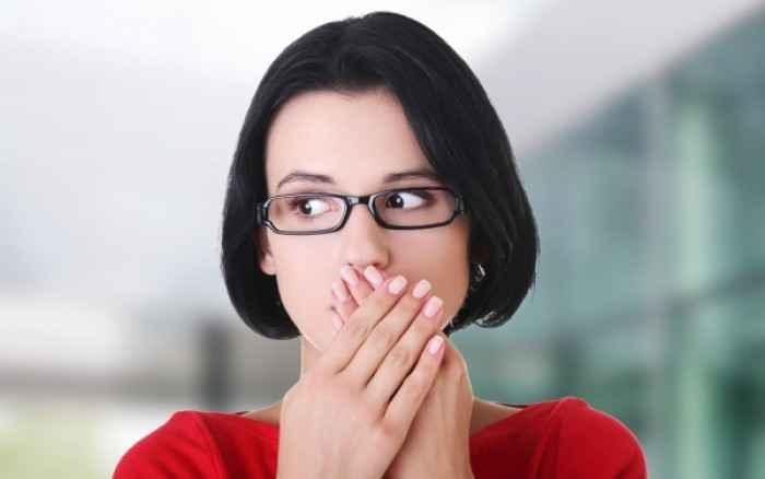 Πώς θα απαλλαγείτε από την κακοσμία του στόματος