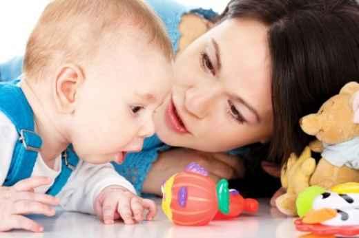 Πώς να παίξετε με το μωρό σας