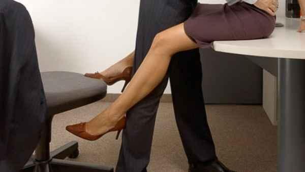 Σεξ στο... γραφείο: 10 Μύθοι και αλήθειες!