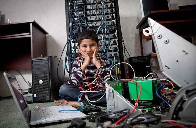 Τεχνικός υπολογιστών... ετών 5
