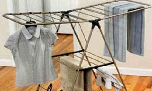 Το στέγνωμα ρούχων εντός σπιτιού βλάπτει σοβαρά την υγεία