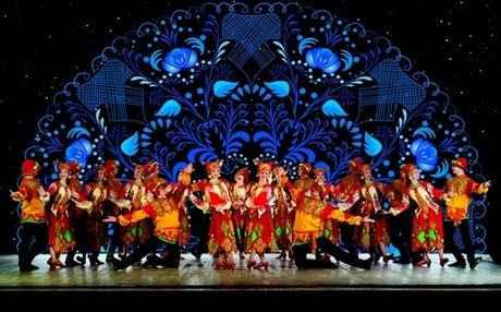 Χορευτικές «πορσελάνες» στο Μέγαρο