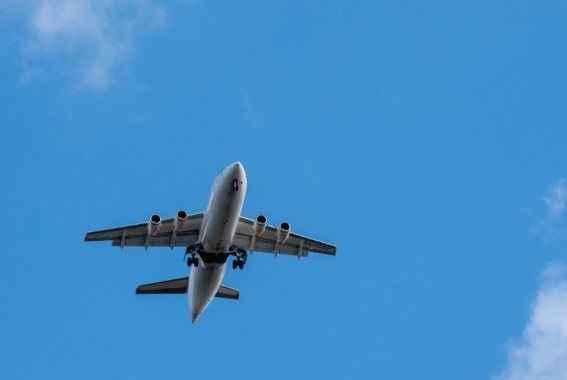 Έτοιμες να βοηθήσουν στις έρευνες για το αεροπλάνο της AirAsia οι ΗΠΑ